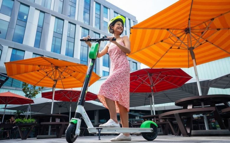 Lime company provides Singapore Science Park with e-scooter
